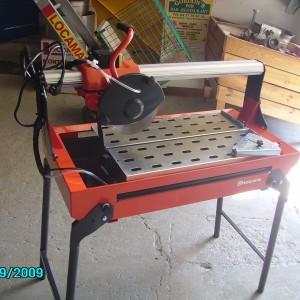 carrelette electrique a eau sur table coupe carreaux (3)