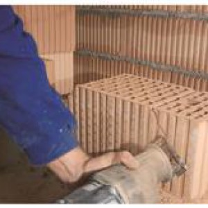 scie sabre makita avec lame brique