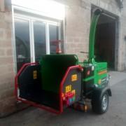location-broyeur-branche-diesel-15-cm-loire-42-3